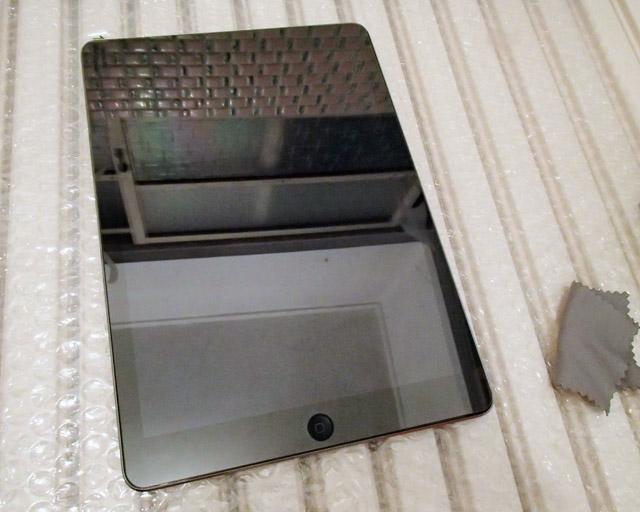 iPad とガラスフィルム